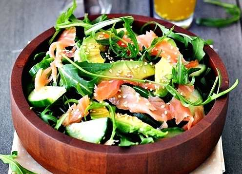 Recipe for Smoked Salmon, Avocado and Arugula Salad